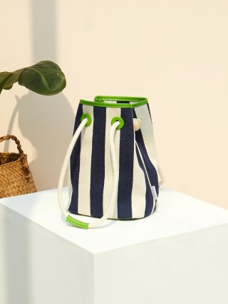 앤오즈(anodds) KAVE Bucket Bag 2 Color