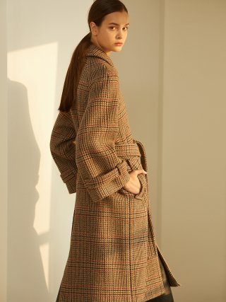 룩캐스트(lookast) BROWN CHECK BELL OVERFIT COAT