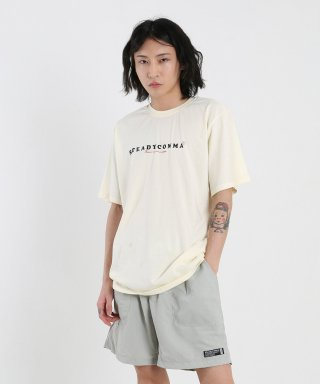 스테디콤마(steadycomma) Basic comma French logo SHORT SLEEVE T-shirt L.YELLOW