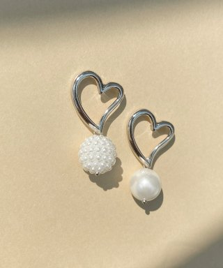위트홀리데이(witholiday) heart love pearl unbal earring [silver]