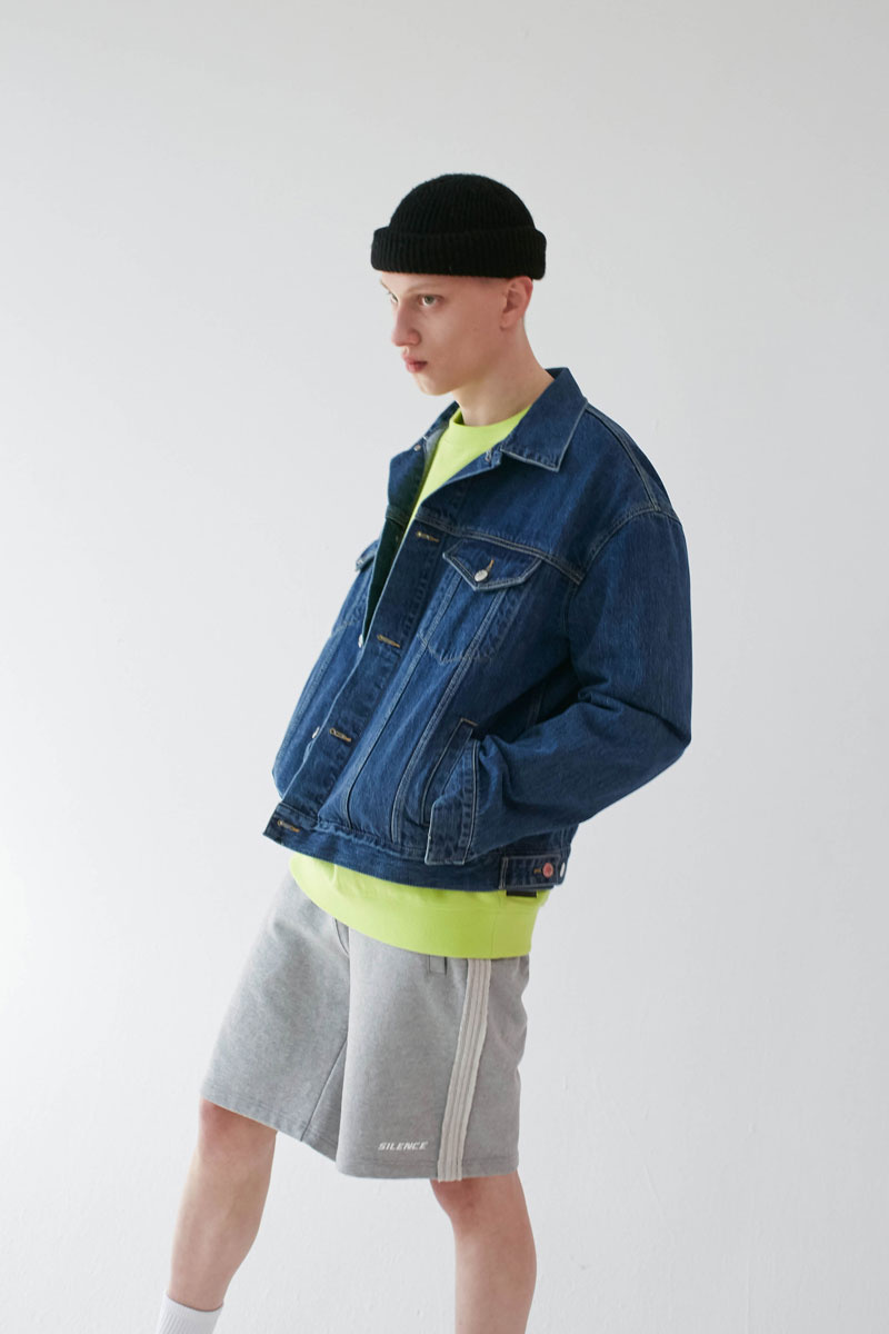 Oversized-Denim-Jacket-Blue-05.jpg