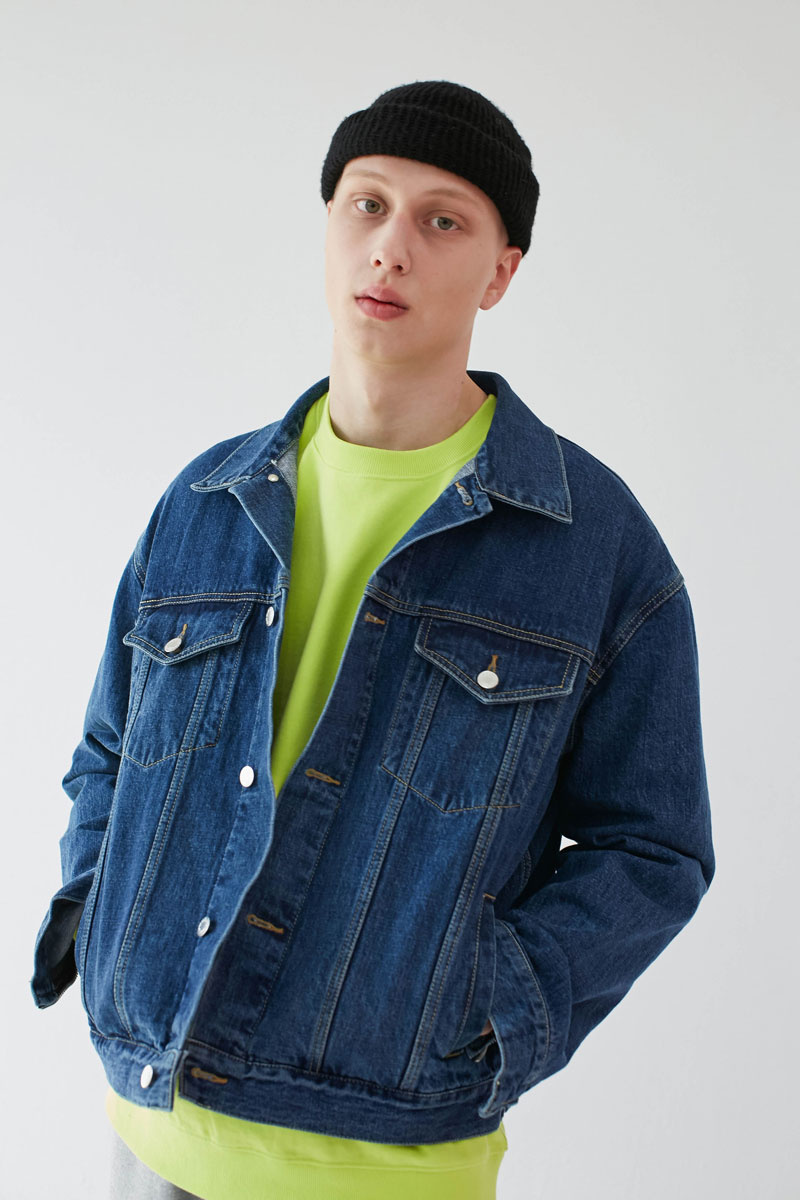 Oversized-Denim-Jacket-Blue-06.jpg