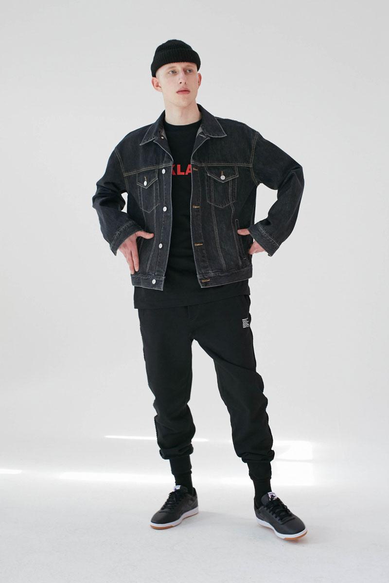Oversized-Denim-Jacket-Black-01.jpg