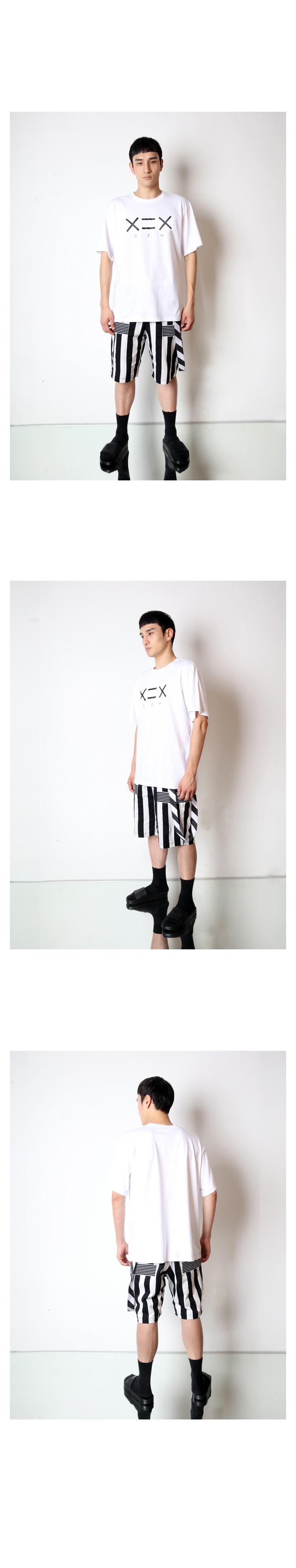 도조(DOZOH) WHITE DZH F/BLACK LOGO T-SHIRTS