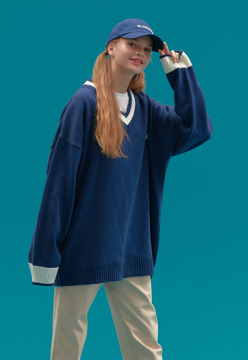 블론드나인(BLOND9) BASIC V NECK  KNIT SWEATER_BLUE