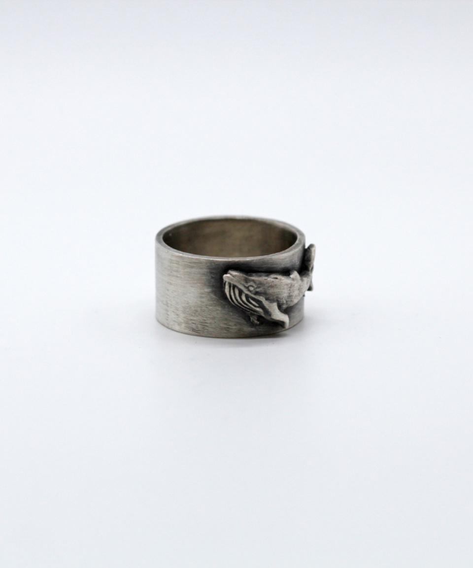 나인달러(NINE DOLLAR) Humpback whale ring