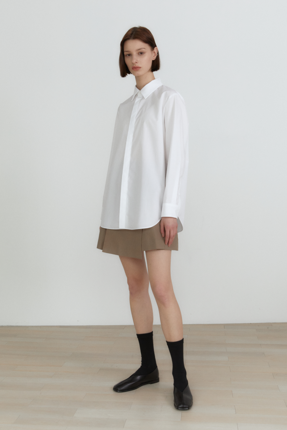 유론(URON) pleated skirt (beige)