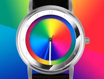 레인보우 와치(Rainbow Watch)의 특별한 다이얼이 돋보이는 시계