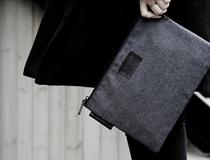 경쾌한 인상을 전하는 피스 메이커(Piecemaker)의 가방들