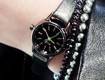 클로이_성년의 날 선물로 어울리는 클로이(Cloi)의 시계